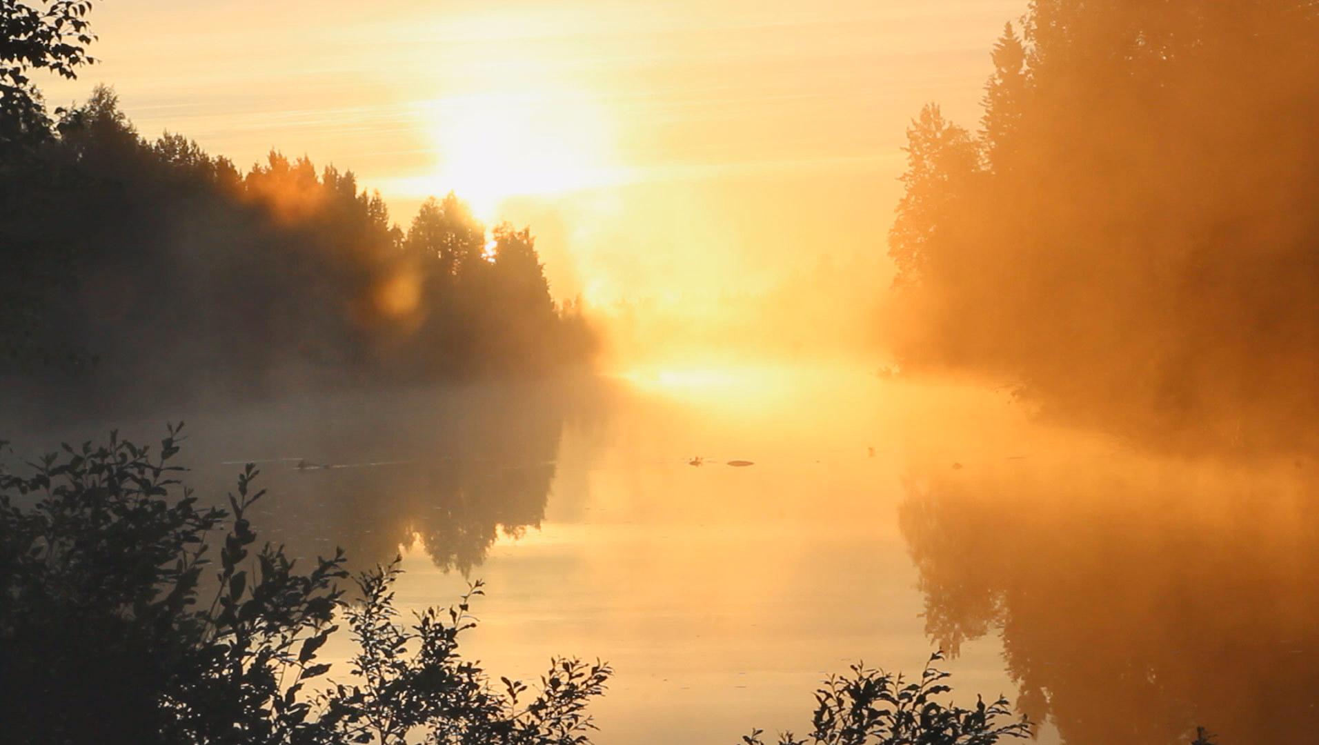 2-joki-aamuauringossa